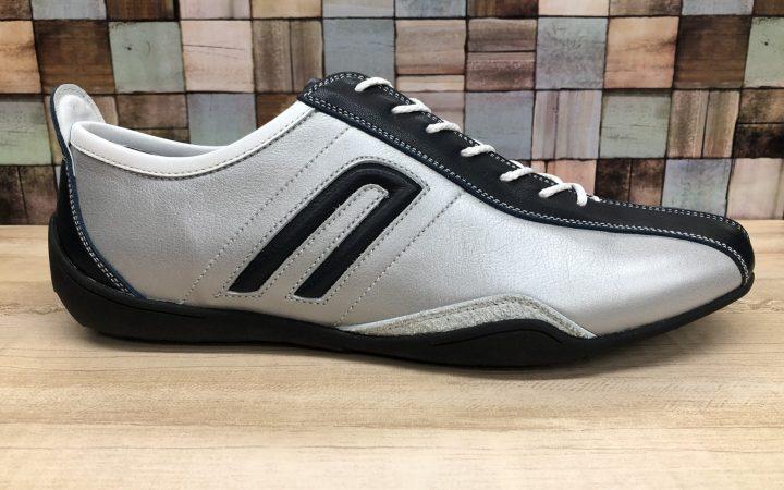スニーカーなのにオールソールの交換ができるNEGRONIの靴